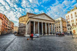 Pantheon v centru Říma